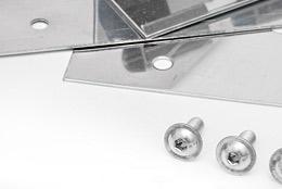 Aus Edelstahl gefertigte Klemmprofile für den PVC Streifenvorhang