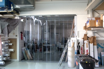 Staubschutzvorhang aus PVC Streifen