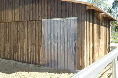 Kälteschutz für Pferde - PVC Streifenvohang