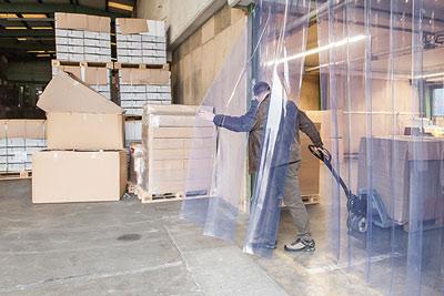 PVC-Lamellen lassen sich gut durchschreiten